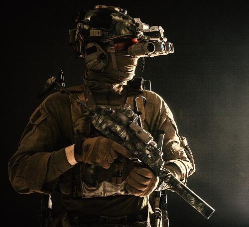 spécialiste en équipement tactique militaire